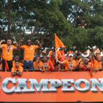 Cibao FC desfila en Santiago por su titulo de campeón en la LDF